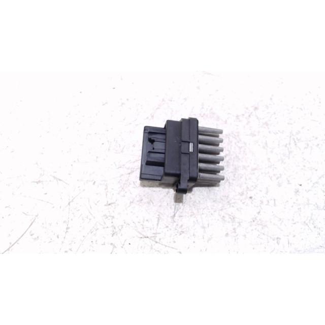 Resistance heater Ford Kuga I (2008 - 2012) SUV 2.0 TDCi 16V 4x4 (G6DG)
