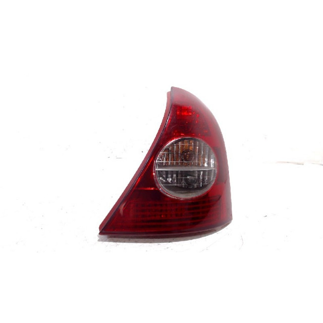 Tail light body right Renault Clio II (BB/CB/SB) (2000 - 2008) Hatchback 1.4 16V (K4J-710)